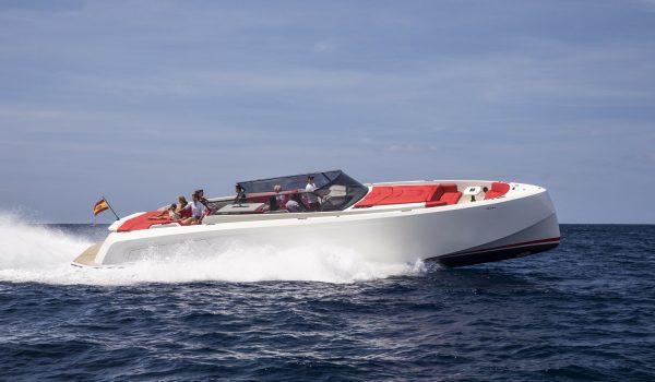 yacht-rental-formentera-vanquish-54-02.jpg